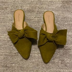 Madewell Remi Bow - Spiced Olive Suede NIB - 9.5